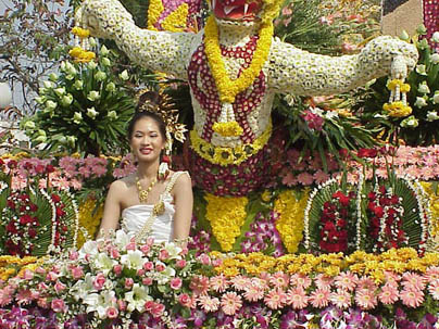 Chiang Mai flower festival float