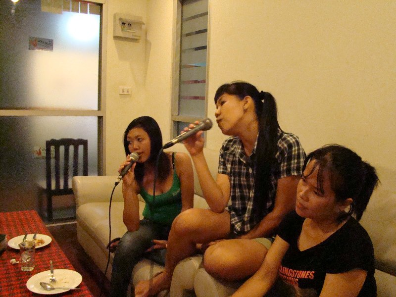 Karaoke at Singing Paradise in Pattaya