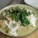 Gaeng Keow Wan Gai (Green Chicken Curry)
